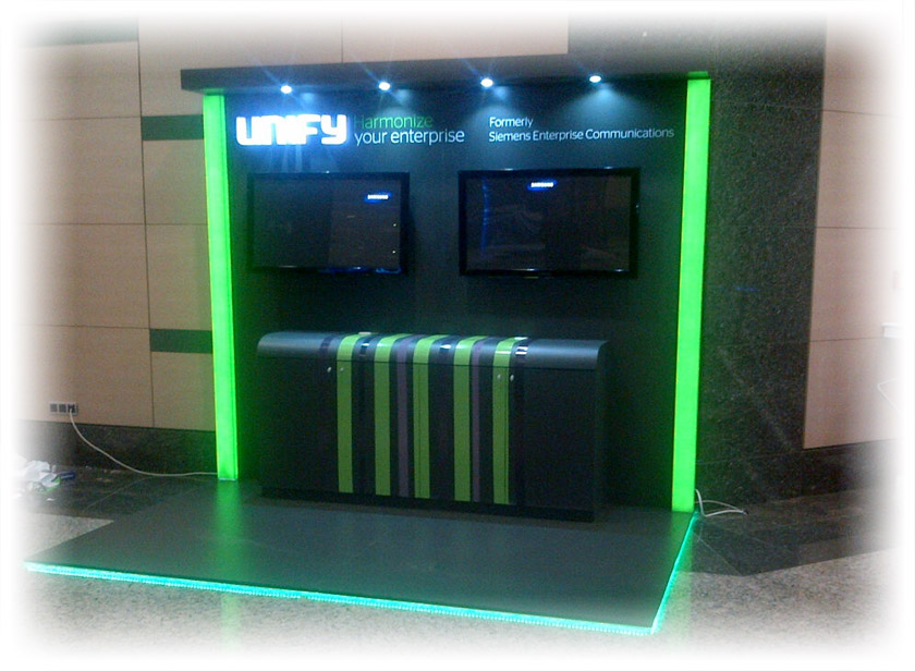Unify Ahşap Stand